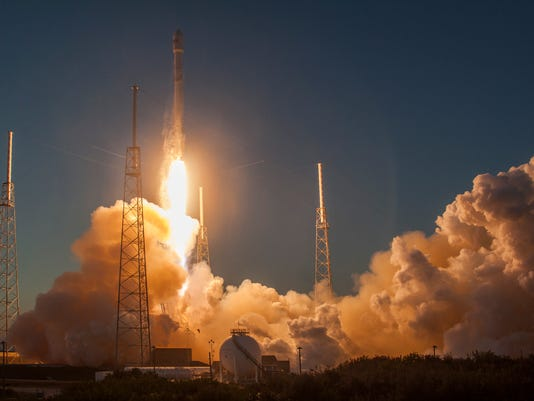 635603738925808706-dscovr-launch-spacex