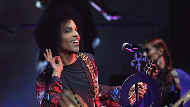 All of today's photos will feature Prince, not politicians.