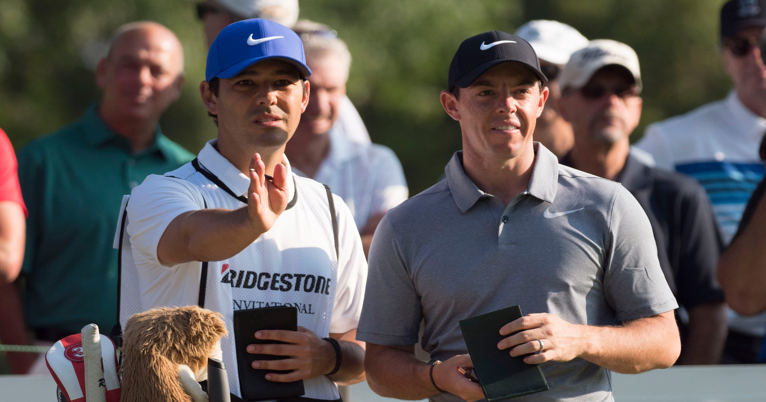 Rory McIlroy shoots 67 in Bridgestone after caddie change 743231fc85a