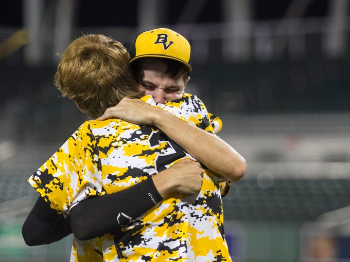 Bishop Verot's Thaddeus Ward and Trevor Cramer console