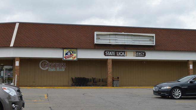 Sign removed from the front of the Geyer's Market in  Galion on Monday. The Galion location is the last remaining location and will soon be closing.