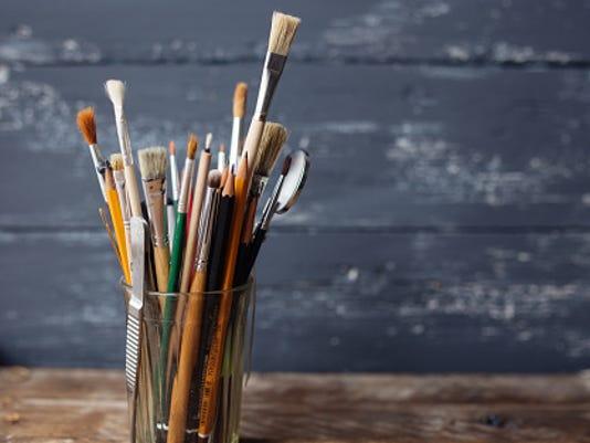 635894917561601965-artist-brushes.jpg