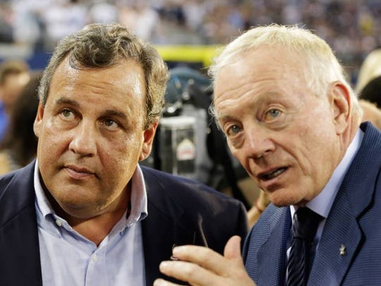 Governor Christie and Dallas Cowboys owner Jerry Jones before a 2013 NFL football game between the Giants and the Cowboys in Arlington, Texas.