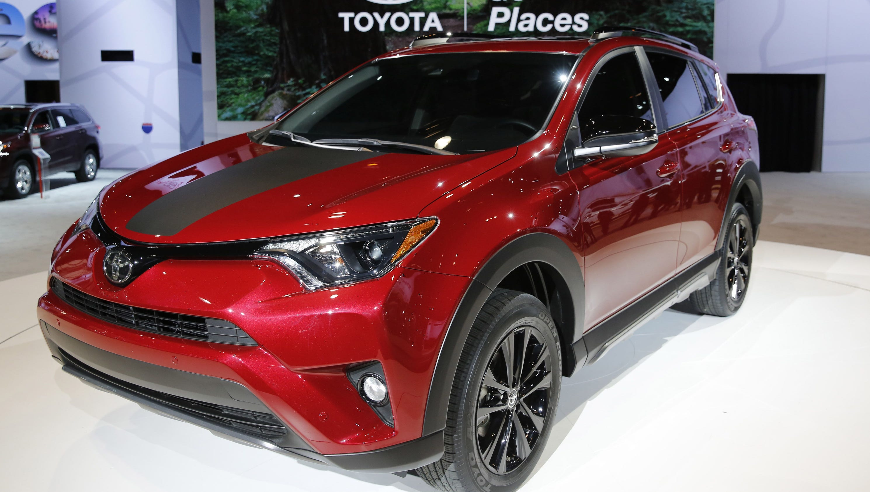 Chicago Auto Show Spiffy Updated Models Shine