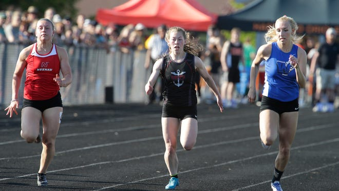 It took convincing from a gym teacher freshman year for Emily Dawidiwoch to join the Manitowoc Lincoln track team. She now holds seven school records, including breaking school mark in the 100-meter dash twice this week.