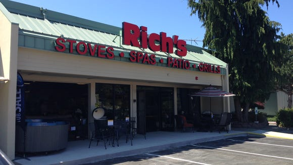 Rich's for the Home reopened in East Bremerton this week.