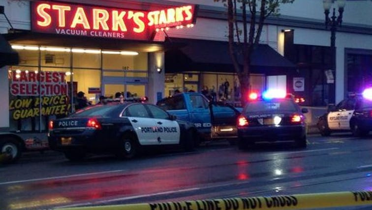 A Portland chase Tuesday morning ended on Southeast