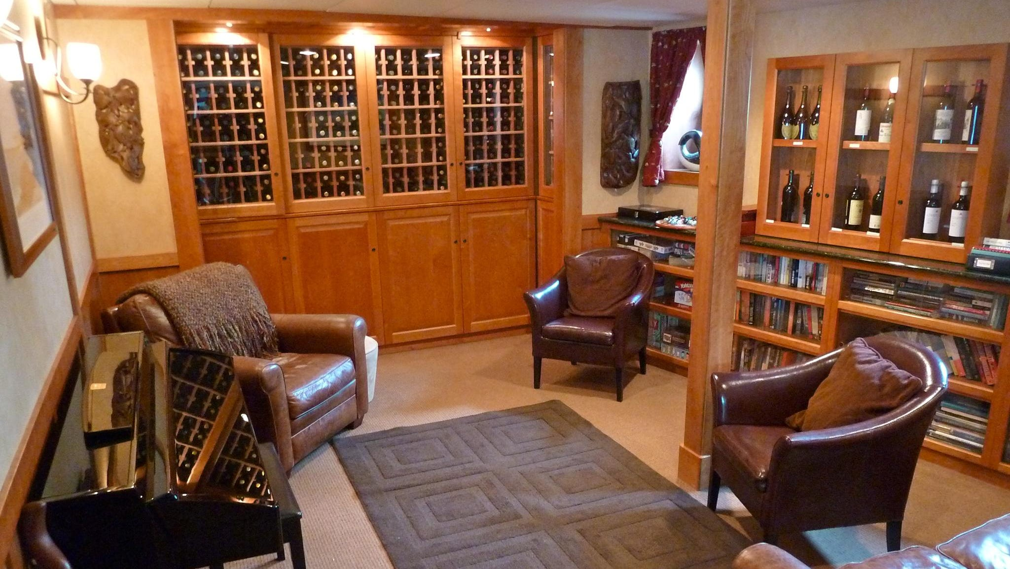 A cluster of public spaces on Main Deck begins with the Wine Library, which has a selection of reference books and DVDs with information on the places the ship visits.
