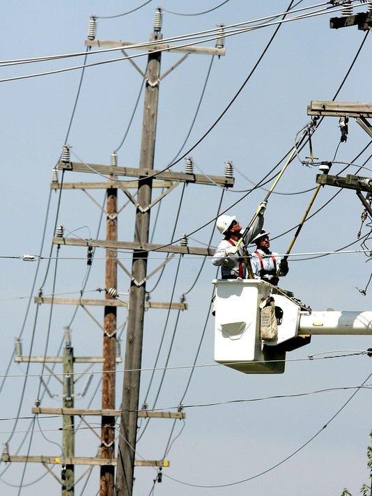 636610412391690373 power lines.jpg