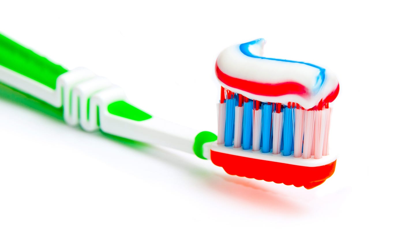 Brushing new toothbrush claims to clean teeth in 6 seconds abc news - Brushing New Toothbrush Claims To Clean Teeth In 6 Seconds Abc News 50