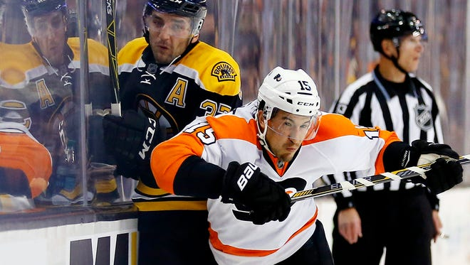 Michael Del Zotto and the Flyers are looking to win consecutive games for the first time in a month.