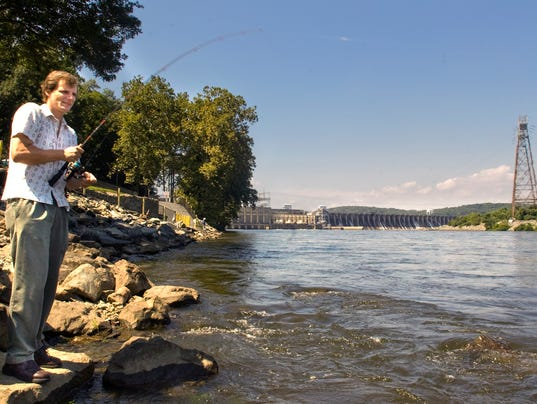 1 fishing licenses available this labor day for Md fishing license