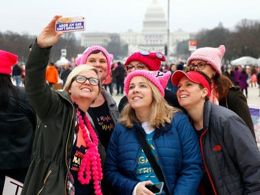 636484471915328095-Women-s-March-02.JPG