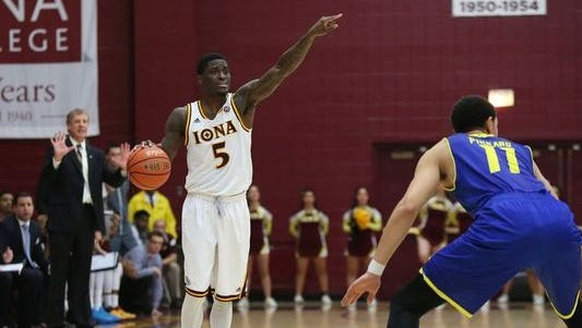 Senior A.J. English, shown here against Delaware, will lead Iona into the MAAC tournament on March 4, 2016 seeking his first trip to the NCAA tournament.