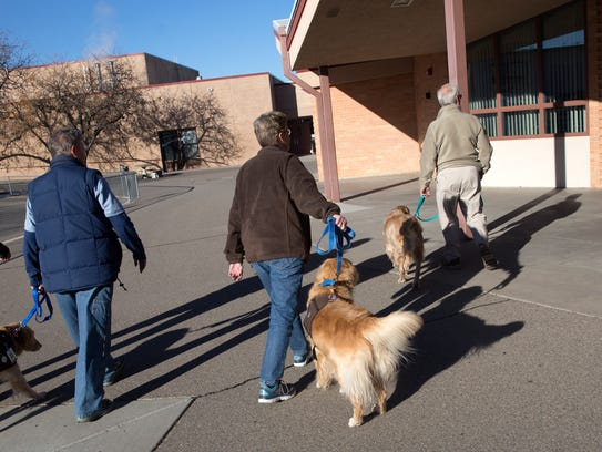 Pet Pals of Farmington brings their therapy dogs to Park Avenue Elementary School in Aztec on Dec. 12.