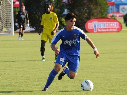 2014-8-3-amirgy-pineda-youth-soccer