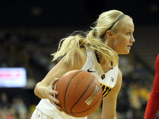 635883833526292557-IOW-0104-Iowa-wbb-vs-Rutgers-14.jpg
