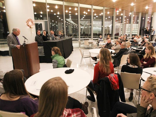 The University of Iowa's Hancher Auditorium will open its third-story Stanley Cafe from 5 to 7:30 p.m. every Thursday during the school semester.