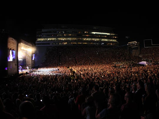 Blake Shelton performs at the Back Porch Revival concert at Kinnick Stadium on Saturday, Aug. 27, 2016.