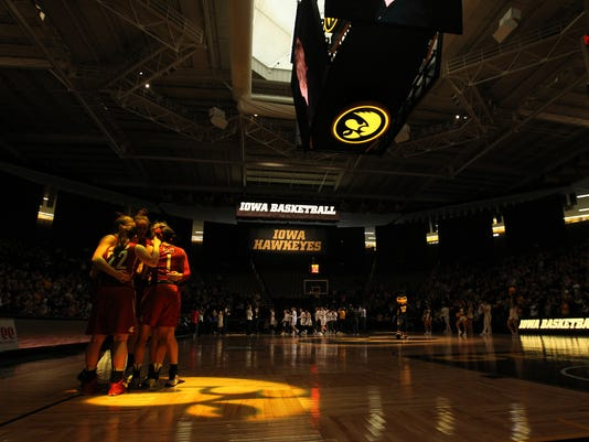 636261458222134711-IOW-0326-Iowa-vs-Wash-St-WNIT-02.jpg