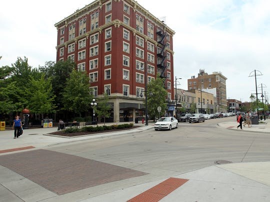 The intersection of Dubuque and Washington Street is