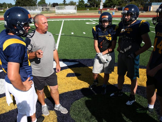 636392952097493665-hsFB-PreSeasonPreview-Stayton-ar-07.JPG