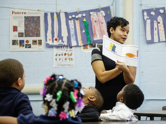 Art teacher Karana Hales teaches composition in her class at the Mann Elementary School in Detroit, Thursday, November 9, 2017.