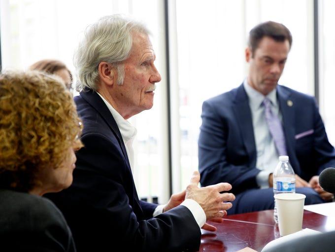 Former Gov. John Kitzhaber addresses the Oregon Government