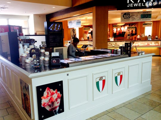 Gelateria 4D closed in November 2016 after operating since April 2015 in a kiosk at Coastland Center mall in Naples.