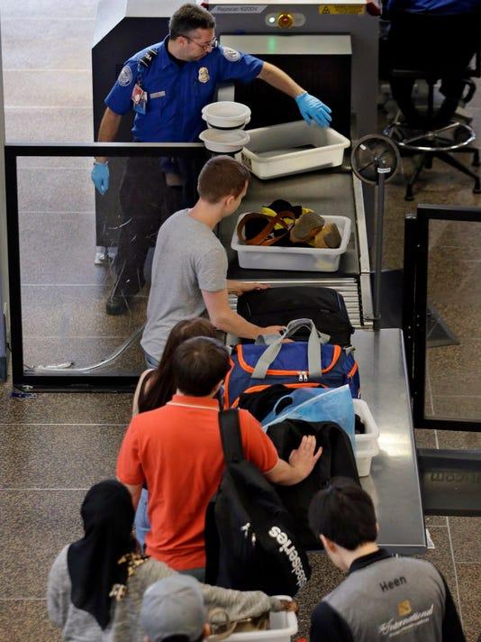 AP SEATTLE AIRPORT FASTEST GROWING A USA WA