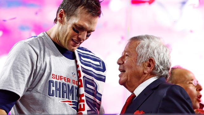 """Patriots owner Robert Kraft says Tom Brady has the organization's """"unconditional support."""""""