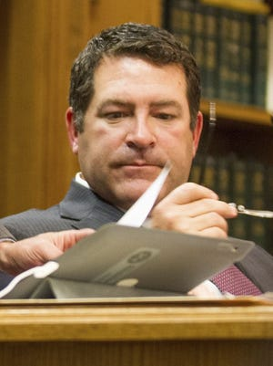 Tennessee State Sen. Mark Green withdrew his nomination to be secretary of the Army on Friday afternoon.