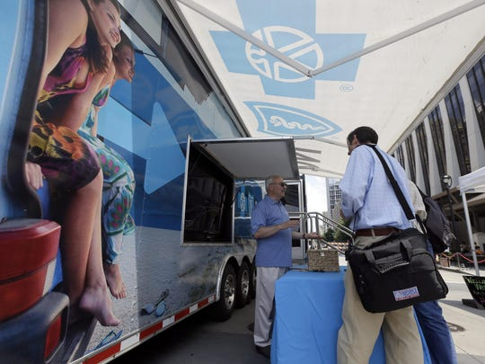 Blue Cross Blue Shield is trying to give customers