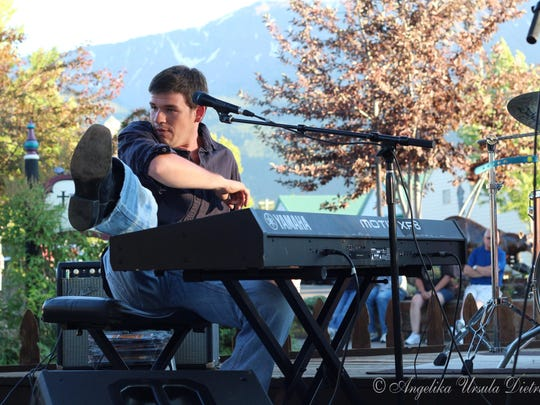 Brady Goss will bring his piano pop rock to the Keizer Rotary Amphitheater on June 25.