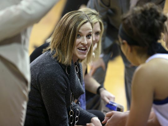 Drake women's basketball coach Jennie Baranczyk, a former Iowa player, and the Bulldogs look to snap a 12-game losing streak to the Hawkeyes.