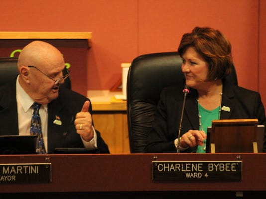-REN Sparks officials sworn in 07.jpg_20141110.jpg