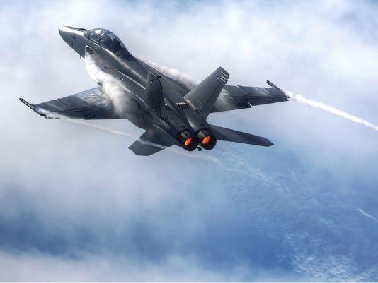 635985782267230182-F-18F-Climb.jpg