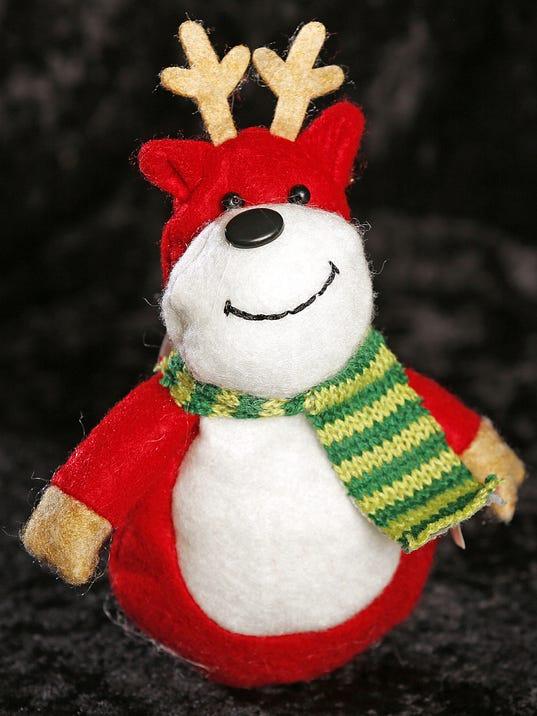 636168892463172424-little-lost-reindeer-15.jpg