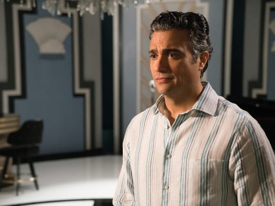 Jaime Camil plays telenovela star Rogelio on 'Jane