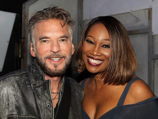 Kenny Loggins and Yolanda Adams strike a pose backstage