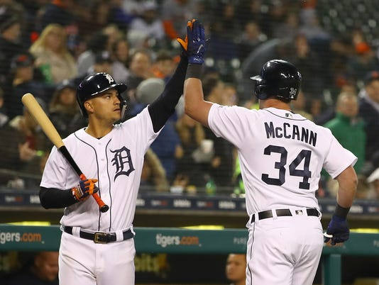 Jose Iglesias, James McCann