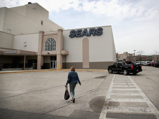 Customers shop at Chicago's last remaining Sears store