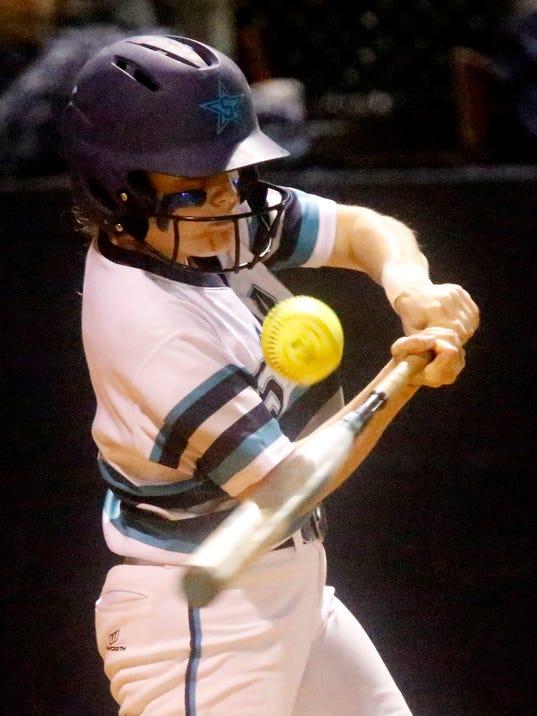 636596918251716231-9-Siegel-v-Creek-softball.JPG