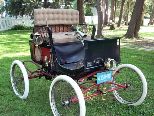 An 1899 Stanley Steamer Locomobile will be on display