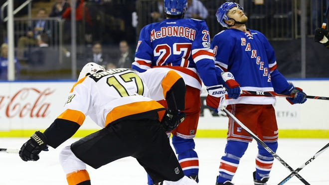 Wayne Simmonds had a big game the last time the Flyers were at Madison Square Garden