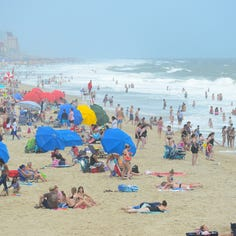 Ocean City lifeguard gets girl's sweet gift of shared lunch