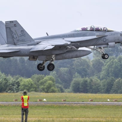 Photos: Jo & Bill Trent Anderson Regional Airshow in Anderson