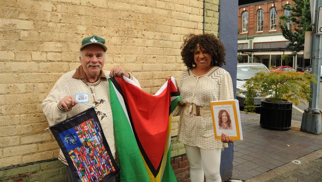 B. Lee Coyne and Aneesah Furqan-Peace at the Statesman Journal's Holding Court at the Court Street Dairy Lunch in downtown Salem on Tuesday, Sept. 19, 2017.