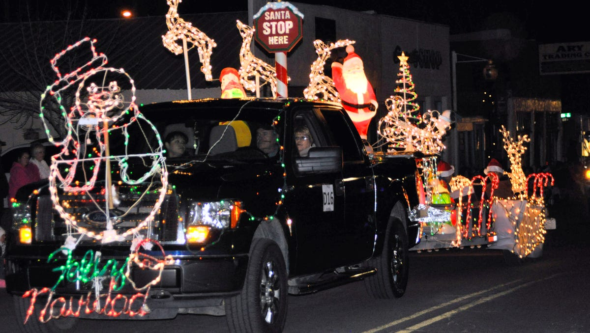 annual lighted christmas parade theme is announced - Christmas Car Parade Decorations