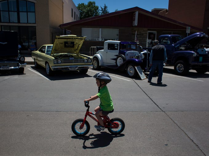 PHOTOS Old Town Car Show Rumbles Through Fort Collins - Old town car show 2018
